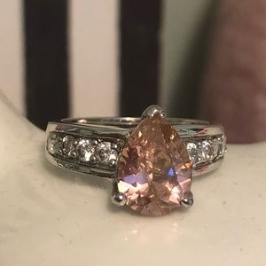 Jewelry - Pear shaped pink CZ cocktail ring